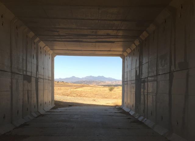 Túnel bajo la carretera N-403