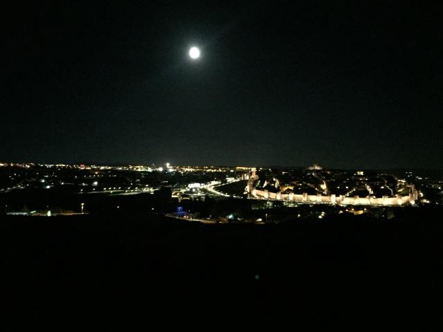 Vista de Ávila con la superluna del 14nov2016, desde el Cerro de San Mateo