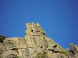 piedra con forma de aguila